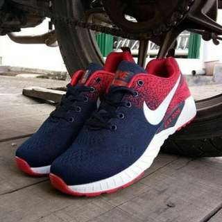 NIKE ZOOM RUNNING (IMPORT)