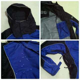 WATERPROOF JACKET XL