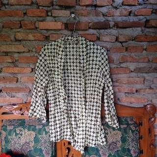 Outerwear batik
