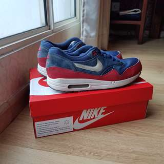 Nike Air Max 1 Shoes: Navy and Marine