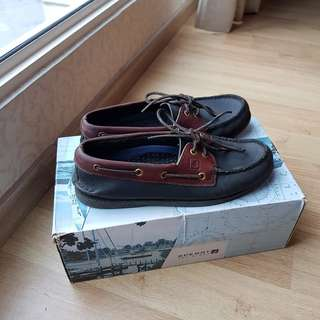 Sperry Boat Shoes: Brown and Black