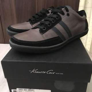 Charity Sale! Authentic Kenneth Cole Shoes Size 8US Men real leather
