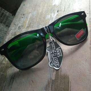 Vans Sunglasses (Black&Green)