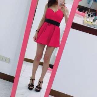 個性桃紅焦點洋裝(含腰帶)