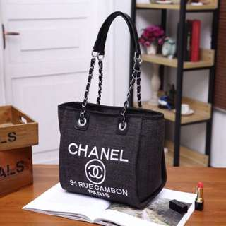 Chanel     (Realpict),TIDAK MELAYANI COD,Pengiriman from batam via Tiki/JNE only,HARGA PAS,Belum termasuk ongkir,Detail ukuran baca di description,WA:082169595979,scroll kekiri untuk melihat pilihan warna