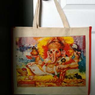 Buy items for $20 n get this tote for free or buy tote for $10