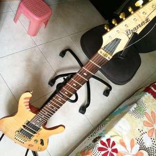 JRock / Shred Electric guitar lesson