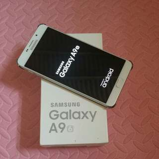 Samsung galaxy A9 95% NEW CONDITION