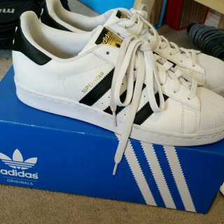 Size 9 SUPERSTAR ADIDAS Shoes