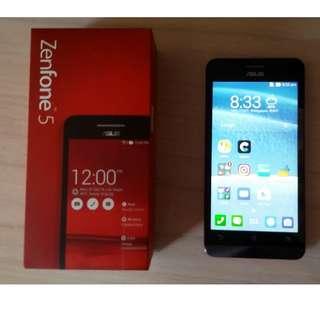 ASUS Zenfone 5 smartphone for sale