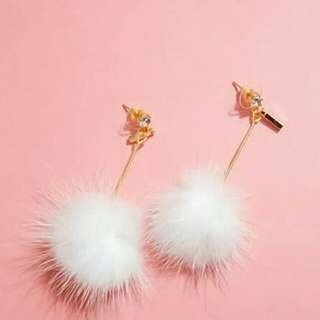 Pom pom earrings / anting pom / anting / anting bulu