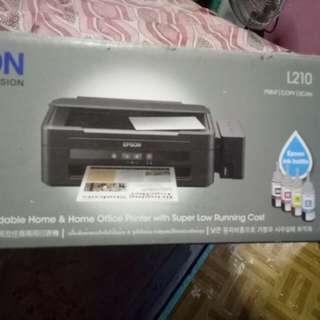 EPSON L210