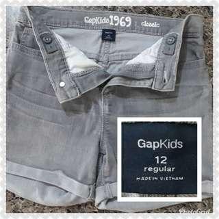 GAP KIDS STRETCHABLE SHORTS