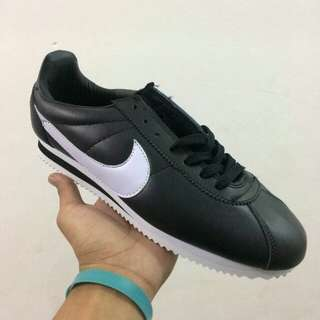 Nike cortes . Ready 40-44