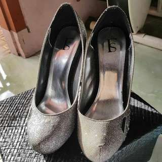 Farish Shoes
