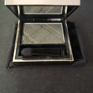 Burberry - Eyeshadow in Khaki Green