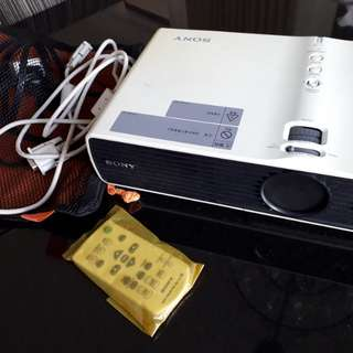 Projector SONY VPL DX11