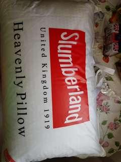 Slumberland hotel grade pillow