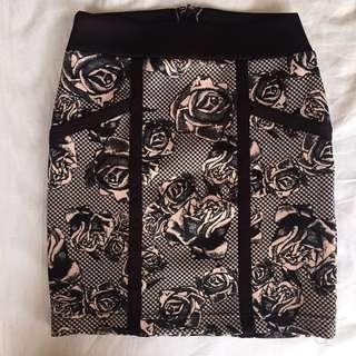 🚚 玫瑰彈性包臀裙