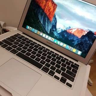 Macbook air 13 inch laptop