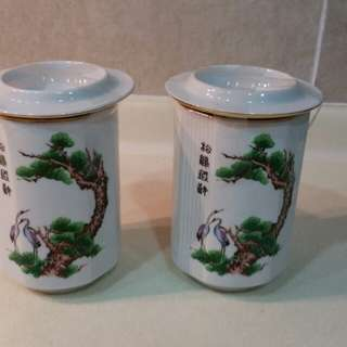 Cups and pot