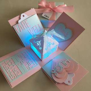 Farewell Explosion box with lighthouse & 4 personalised photos in pink & blue