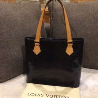 Authentic LV Houston Vernis Tote With Dustbag