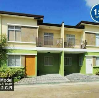 TOWNHOUSE PRESELLING AND RFO UNIITS 4 bedrooms 2bathrooms