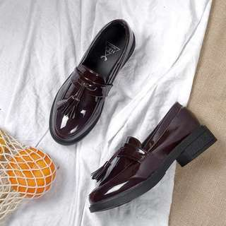 Oxford Tassle Loafers