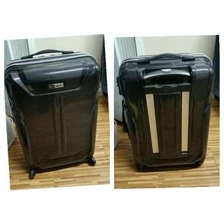 正版Samsonite行李箱(專門店購買)只在本地用過一次超新淨