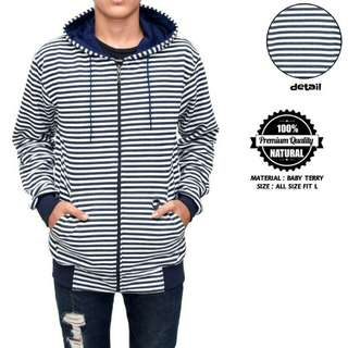 jaket sweater motif