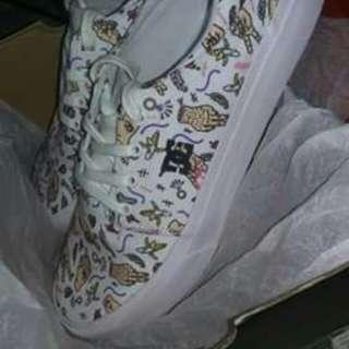 Dc shoes trade to nike , adidas , jordan, janoski , yeezy , leather , vans