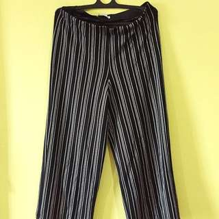PULL & BEAR - Stripe Culotte Pants