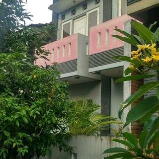 Dijual Rumah 2 lantai di jati Makmur