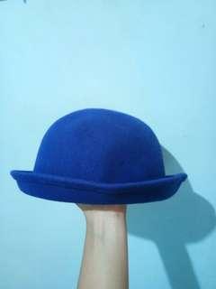Round Blue Hat / Topi Bulat Biru