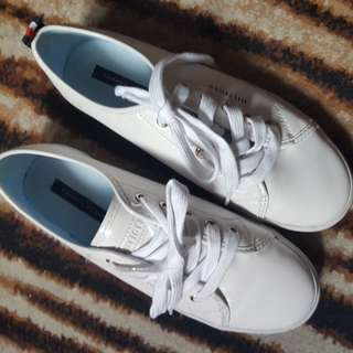 Tommy Hilfiger white shoes from USA.