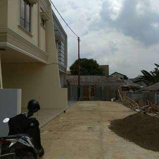 Rumah baru 2 lantai Jati makmur