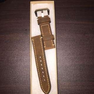 Aftermarket Panerai strap - oily brown