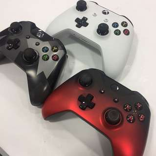 Pre-owned Xbox one controller