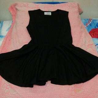SG dress hitam