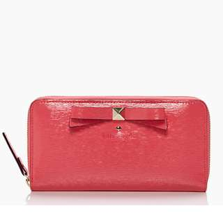 Kate Spade Beacon Court Lacey PWRU3646 (Color: Strawberry)