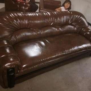 Perbaikan sofa di Bandung hp/whatsAap:081312526810