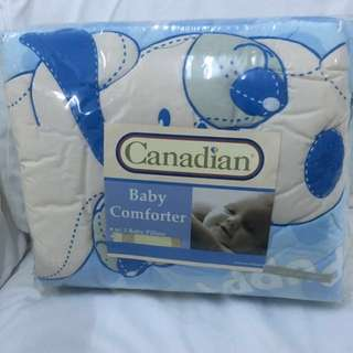 Brand new baby comforter with pillows