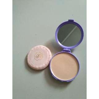 Compact Powder Viva Bedak