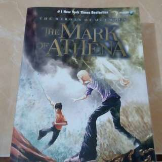 Novel HEROES OF OLYMPUS - MARK OF ATHENA