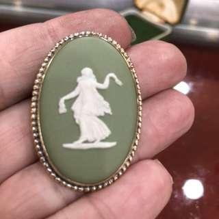vintage Wedgwood green jasperware cameo brooch