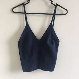 Cropped knitted singlet