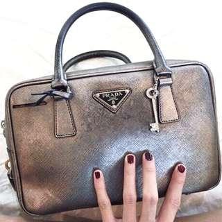 <Reduced>💯%Authentic PRADA tote bag