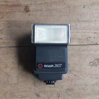 Nissin electronic flash 260t