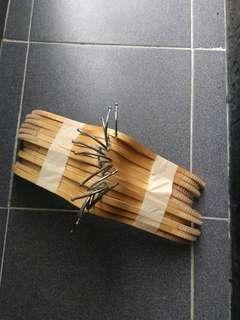 Gantungan baju hanger kayu zara premium preloved
